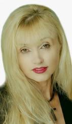 Maria Diana Popescu, Agero