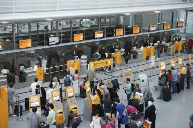 Airport check in lufthansa munich