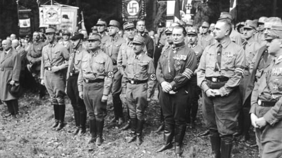 Naziști-și-fasciști