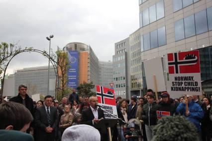 George Alexander discurs la Bruxelles