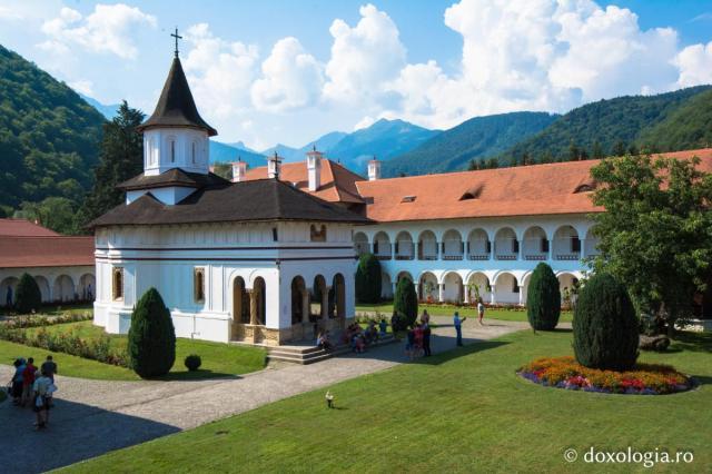 manastirea_brancoveanu_sambata_de_sus_foto_silviu_cluci_0411