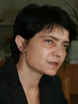 simona-popescu-300